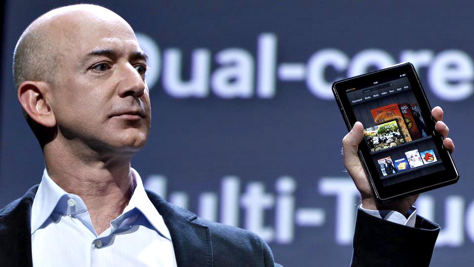 """Photo of """"أمازون"""".. القصة كاملة من الصفر إلى التريليون دولار"""