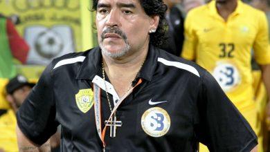 Photo of وفاة أسطورة كرة القدم الأرجنتيني دييغو مارادونا