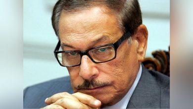 Photo of مصر: وفاة صفوت الشريف وزير الإعلام السابق وأحد أبرز وجوه نظام حسني مبارك